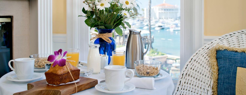 Breakfast at Snug Harbor Inn - Catalina Island, CA