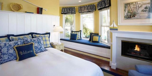 Santa Catalina Room